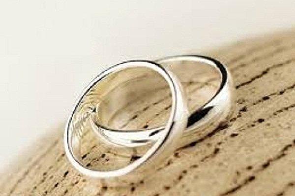 مرکز آمار ایران: «سن ازدواج ۳ سال و ۳ ماه بالا رفت»