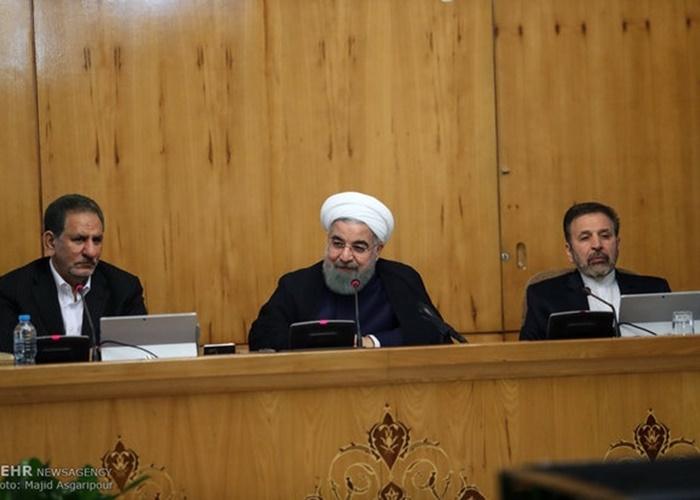روحانی: سیاست ارزی دولت برای کاهش نگرانی مردم است