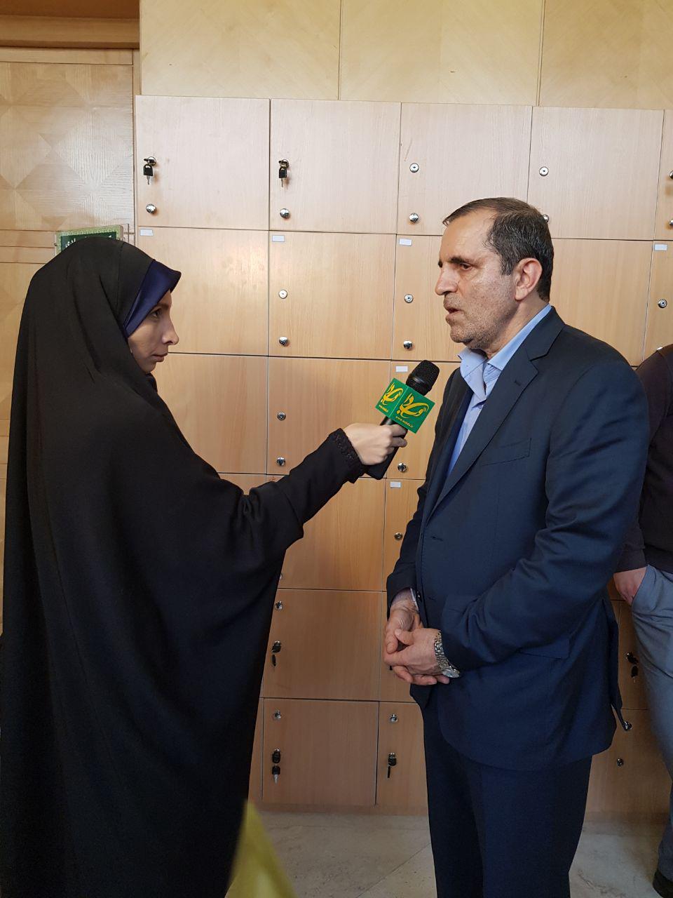 یوسفنژاد: تقدیم استیضاح وزیر علوم به هیأت رئیسه/ استیضاح زنگنه به صحن رسید