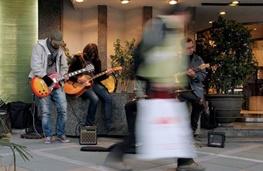 از شهر صدایی میآید؛ رواج موسیقیهای خیابانی در تهران
