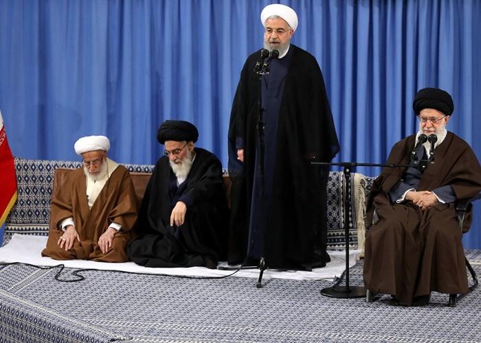 روحانی: توان قوای دیگر و مردم کناردولت قرار بگیرد