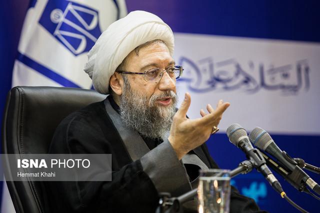 سپاه از ناملایمات نرنجد، نیروی انتظامی عقب نشینی نکند