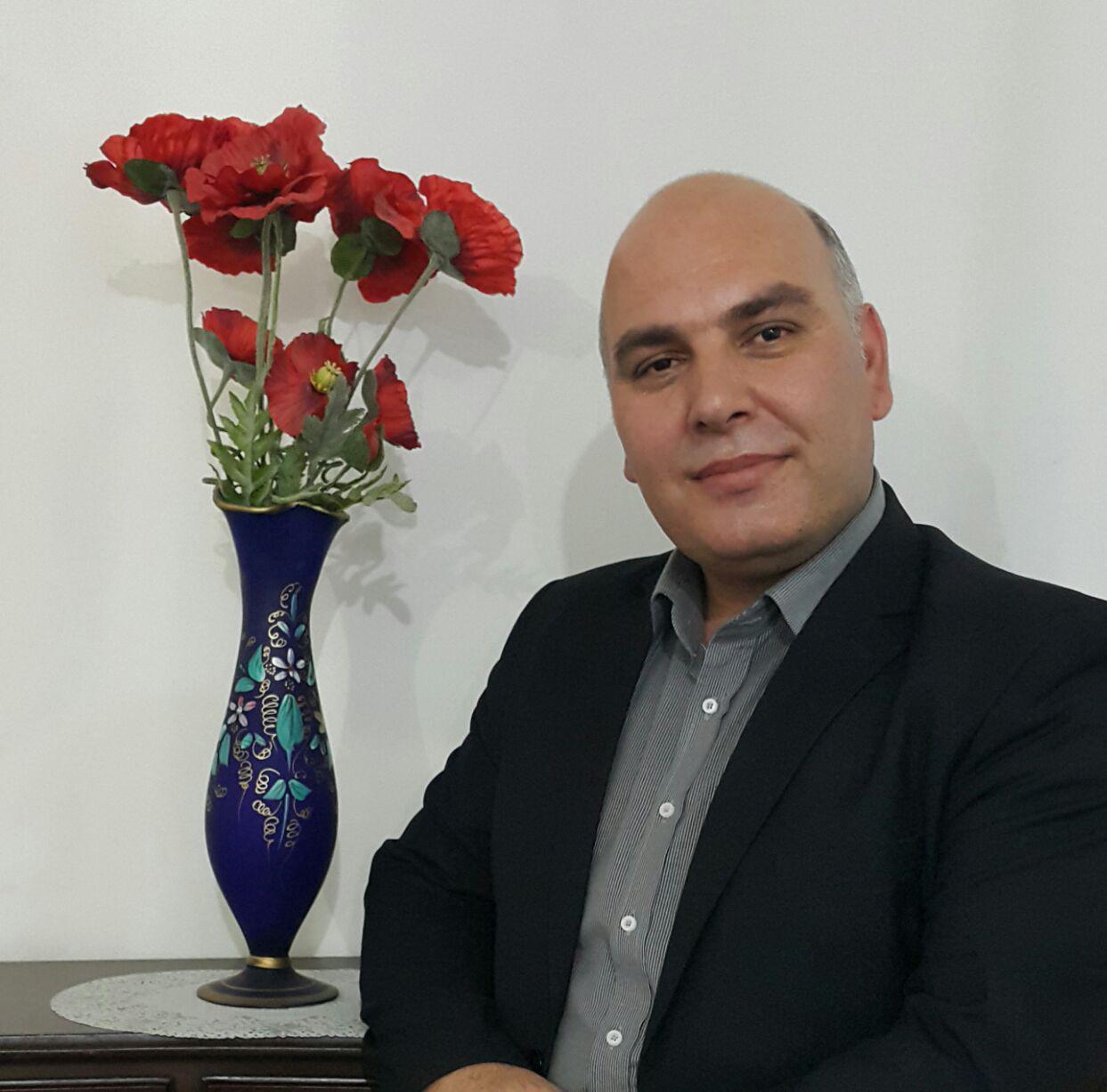 دکتر محمدحسین صفایی کاندیدای هییت امناء صندوق ذخیره فرهنگیان را بیشتر بشناسید